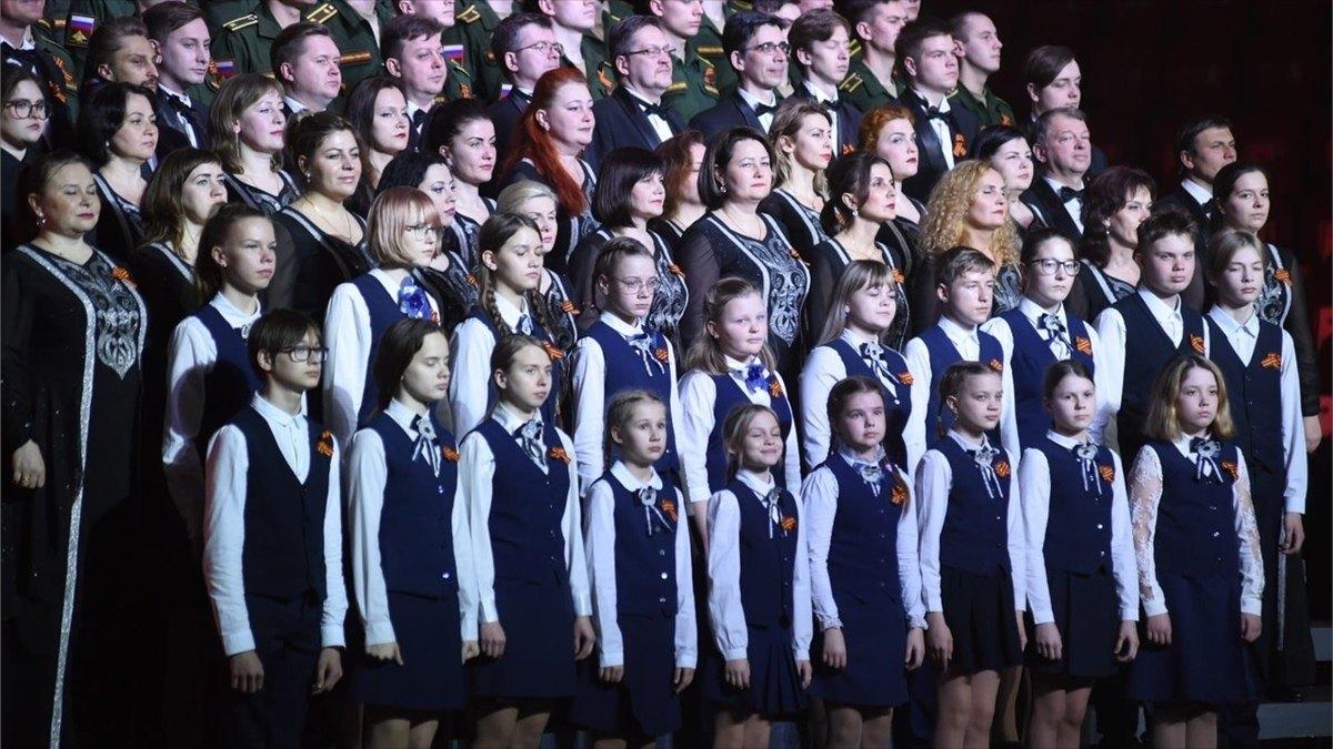 Праздничный концерт «Великих лет живая память» прошёл вЛедовом дворце вЧереповце