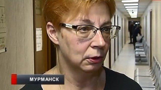 Учительница изМурманска, уволенная закомментарий винтернете, требует восстановления вдолжности