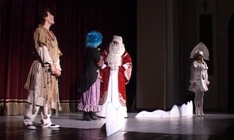 Премьерой начал череповецкий Камерный театр череду новогодних представлений