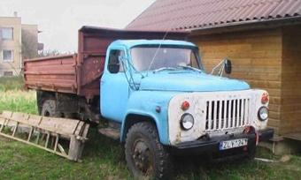 Водитель ГАЗа насмерть задавил свою односельчанку