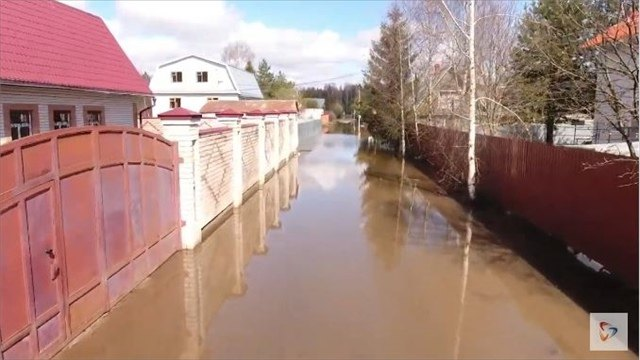 Несколько улиц оказались затопленными под Череповцом