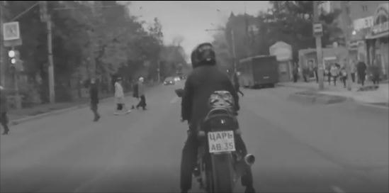 «Царя» намотоцикле без прав идокументов натранспорт задержали вологодские полицейские