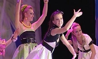12красавиц претендуют название «Мисс «Северсталь»— 2011
