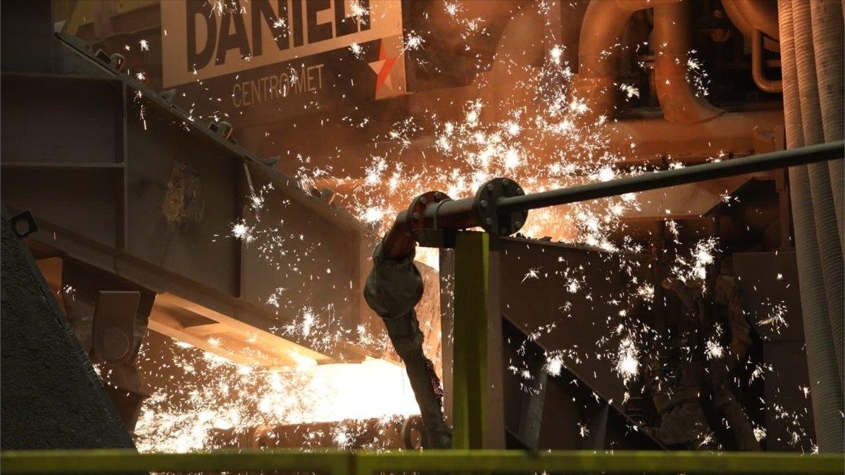 «Северсталь» завершила строительство инновационной дуговой сталеплавильной печи