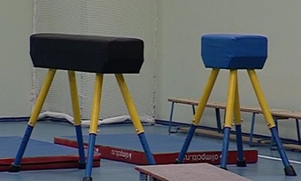 Спортзал вчереповецкой школе №2приняли после ремонта. Небез замечаний