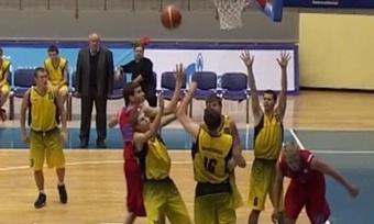 Юные баскетболисты «Северстали» проиграли ЦСКА