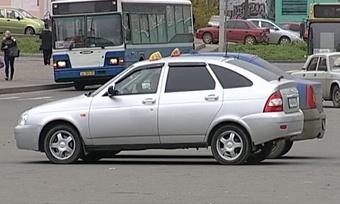 Выдачу разрешений для таксистов решено упростить