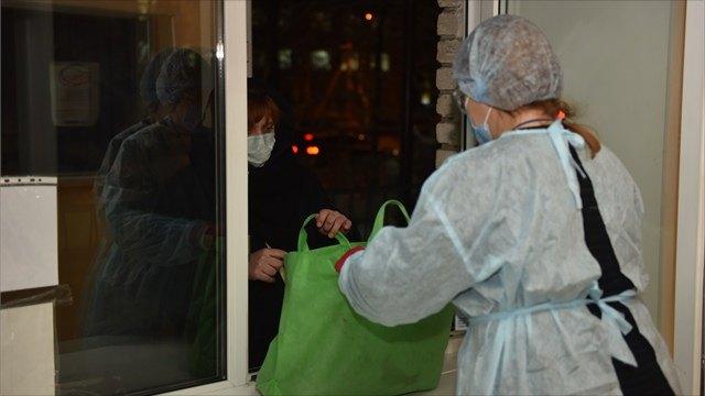 Посылки вмоногоспиталь отсемьи иДеда Мороза