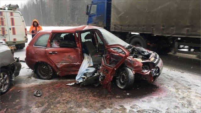 Водитель погиб ваварии натрассе А114