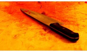 Пенсионерка вГрязовце ударила ножом мужа
