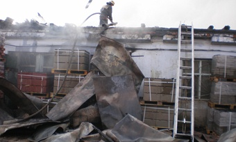 Производственный цех сгорел вВологде