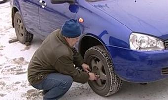 Первый снег изаморозки снова застали автомобилистов врасплох