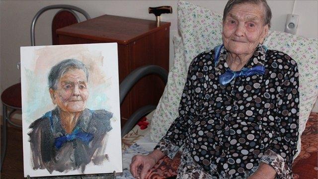 Череповецкая художница рисует историю войны через портреты ветеранов