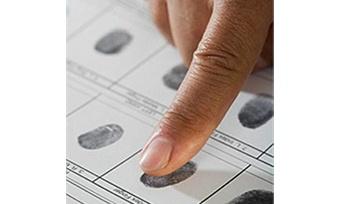 Впаспорта россиян будут заносить отпечатки пальцев