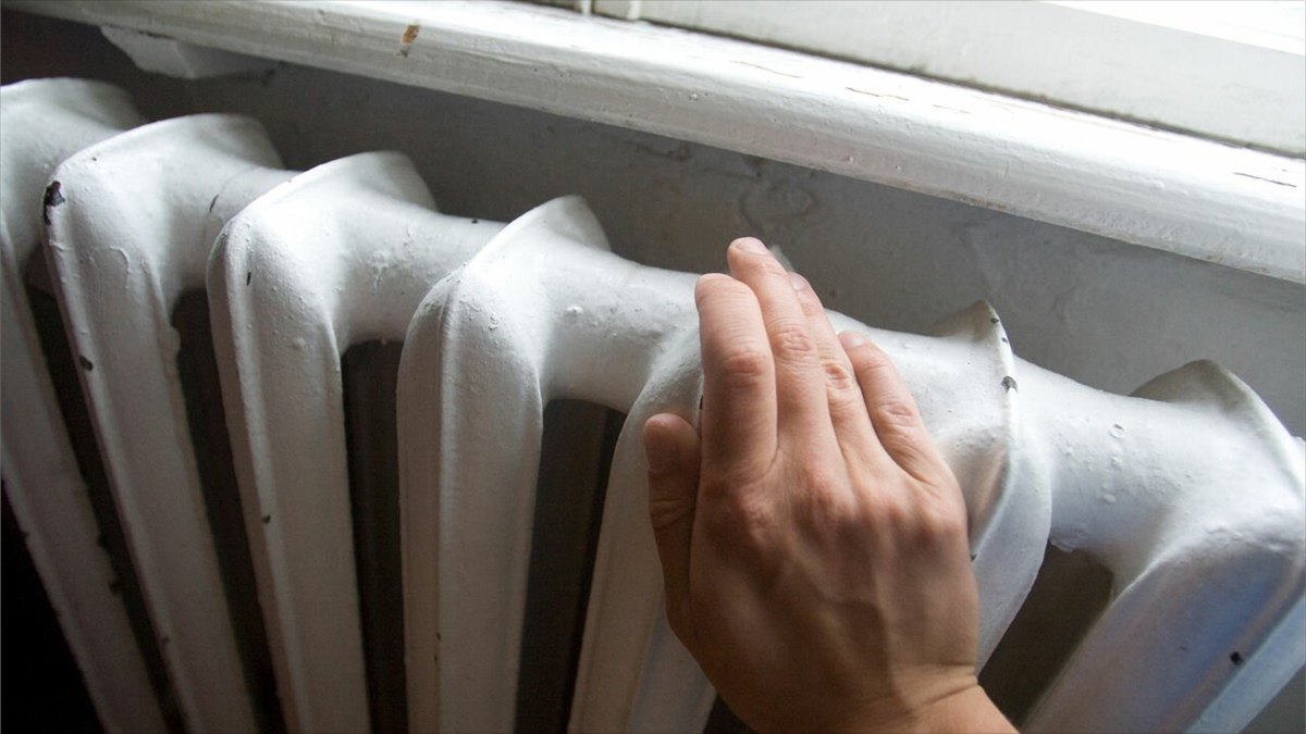 Замерзнуть дома вмае недадут