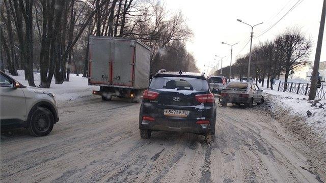 ДТП Череповца: авария спровоцировала огромную пробку наСталеваров