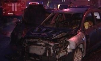 ВВологде вцентре города загорелся автомобиль
