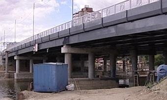 Строители могут незакончить возведение развязки наЯгорбском мосту всрок