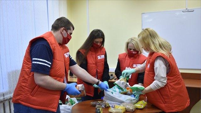 Волонтерский центр проекта «Время помогать» поддерживает пожилых людей