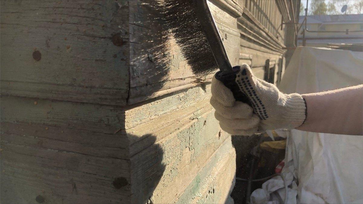 Участники «Том Сойер Феста» вТотьме приступили кпокраске дома Замяткиных