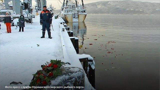 40дней после катастрофы: вМурманске почтили память экипажа погибшей «Онеги»