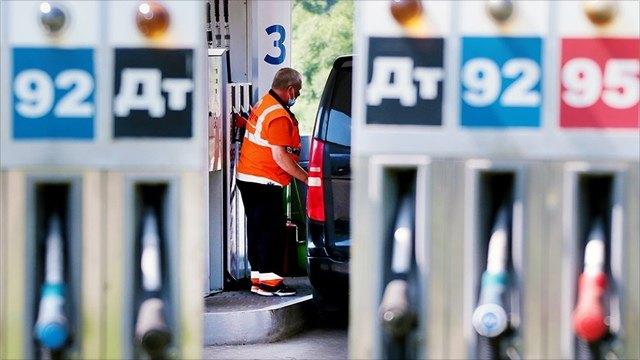 ВМинэнерго объяснили подорожание бензина при падении цены нанефть