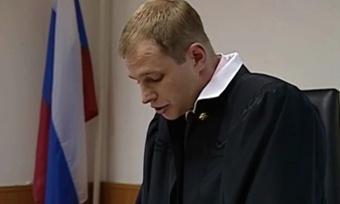 Инспекторов ГИБДД обвинили впреступной халатности